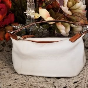 White Leather Coach Clutch with Handle